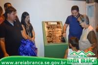 PREFEITURA ENTREGA PAVIMENTAÇÃO E DRENAGEM DE SETE RUAS EM AREIA BRANCA