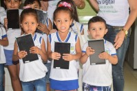 Entrega dos tablets - Programa Aula Digital